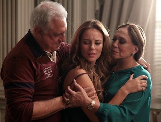 """Em """"Amor à Vida"""", Paloma volta para casa e pede perdão a César"""