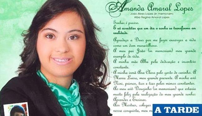 Apesar de ter síndrome de Down, Amanda Amaral Lopes se formou na faculdade em Vitória da Conquista (BA)