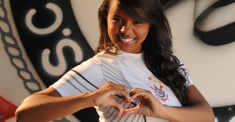 Bruna Martins vai representar o Corinthians no Belas da Torcida 2013