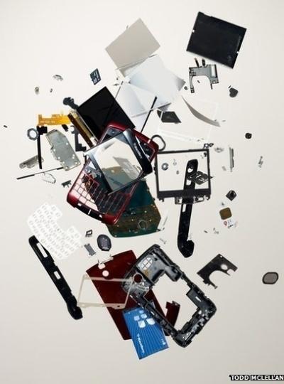 fot  243 grafo canadense Todd McLellan fotografa objetos como se tivesse    Deconstruction Graphic Design