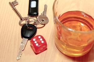 Quase um terço das mulheres com até 25 anos já pegaram carona com um motorista alcoolizado