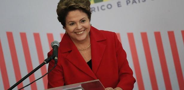 """Dilma teria feito campanha com mensagem de """"continuísmo futuro"""", segundo procurador"""