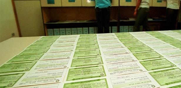 Prazo para pedir documento vai até 4 de maio; eleições acontecem em 2 de outubro