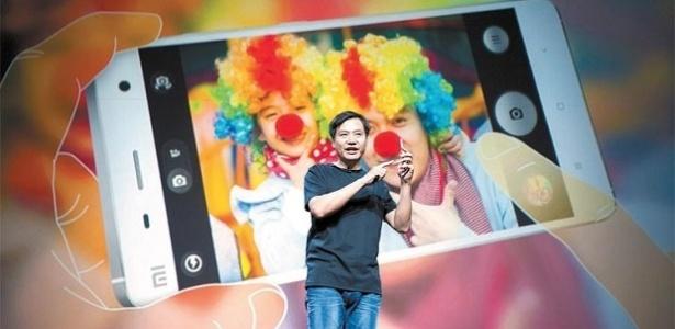 Lei Jun, diretor-executivo e fundador da Xiaomi, participa de lançamento de produto