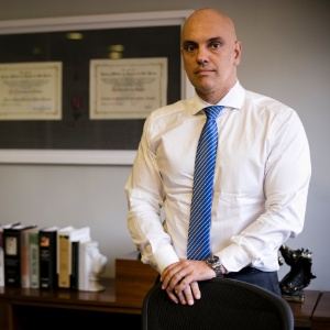 [Imagem: o-advogado-dr-alexandre-de-moraes-46-em-...00x300.jpg]