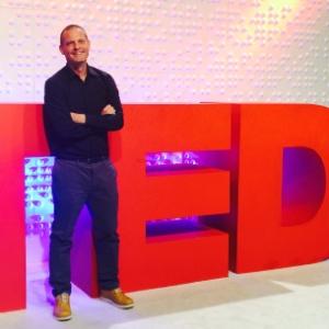 O chef David Hertz, da Gastromotiva, em sua apresentação no TED, em Vancouver (Canadá)