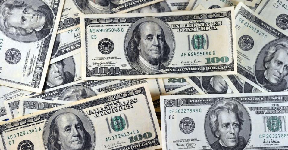 Converta Dólar para Dólares canadense (USD para CAD / CAD para USD). Veja aqui a taxa de câmbio atual do Dólar (USD) em Dólares canadense.
