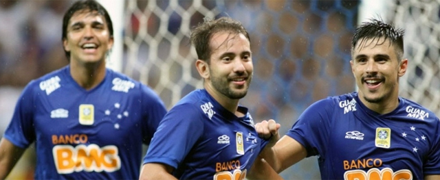 Everton ribeiro ttt