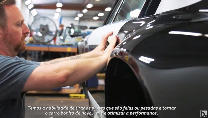 Singer transforma cerca de 15 Porsches 911 por ano (Foto: Guilber Hidaka/Bufalos TV)