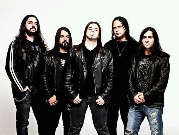 Ricardo Convessori e sua banda (FOTO: DIVULGAÇÃO)