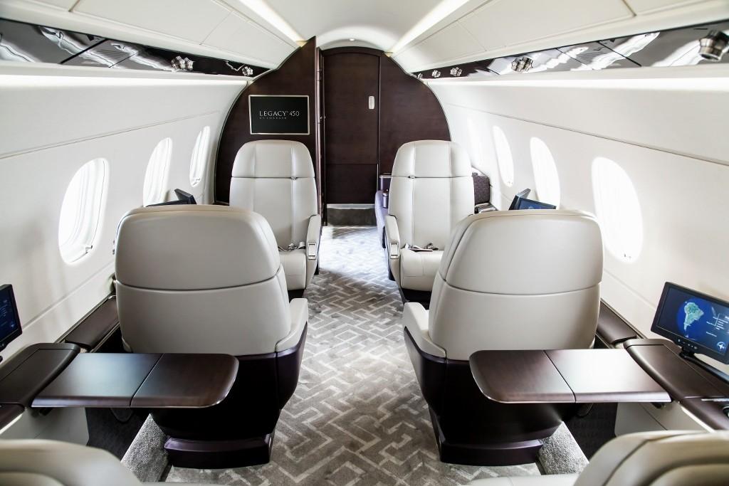 Interior do Legacy 450 da Embraer (Foto: Divulgação)