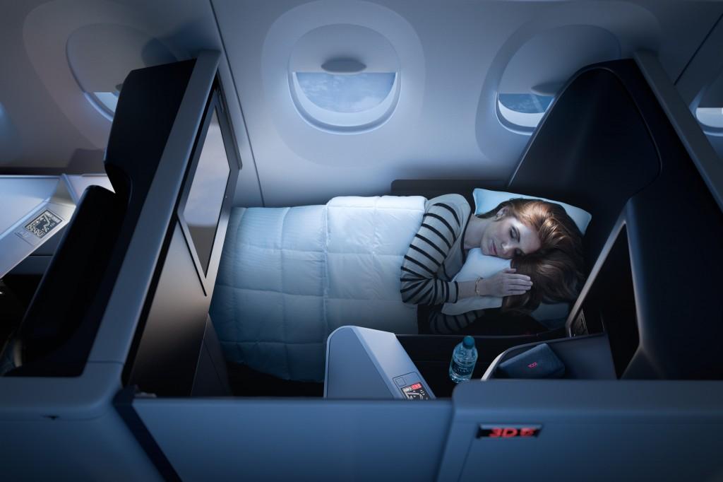 Cabine privativa na nova classe executiva da Delta; serviço estará disponível nos Airbus A350