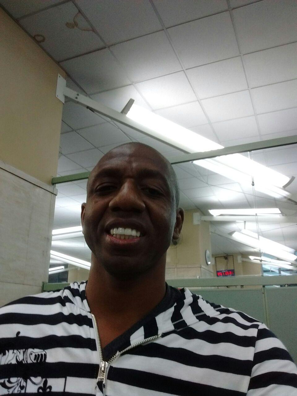 Amaral, em selfie feito quando estava providencianso novos documentos