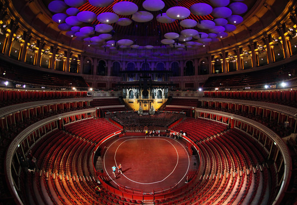 Conhe a o royal albert hall em londres onde jorge e for Door 12 royal albert hall
