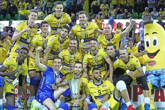 Modena conquistou a terceira Supercopa da Itália de sua história (fotos: Lega Pallavolo)