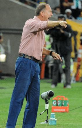 """""""Fantasma"""" de Mano conturba o Corinthians"""
