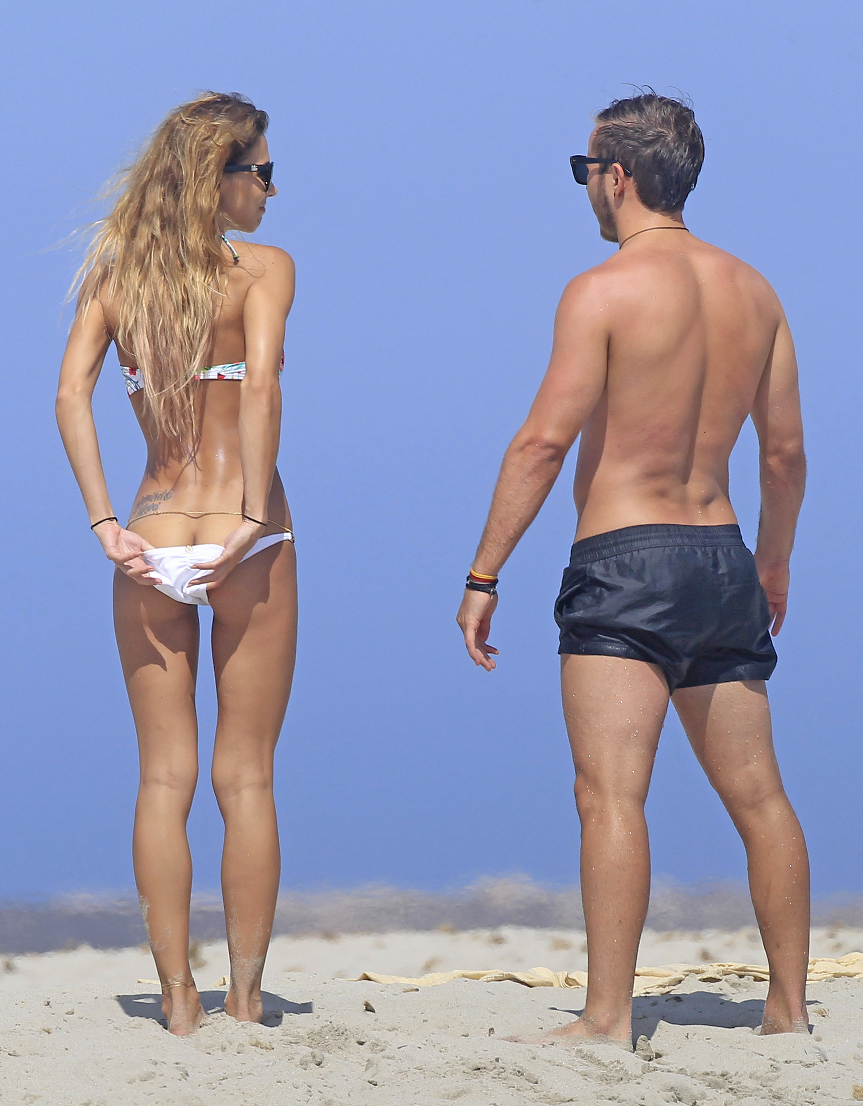 Mario Gotze And Girlfriend Ann Kathrin Are In Love in Ibiza