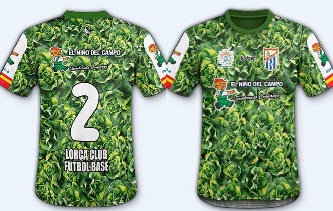 Camisa da escolinha do Lorca FC (Crédito: Daén/Divulgação)