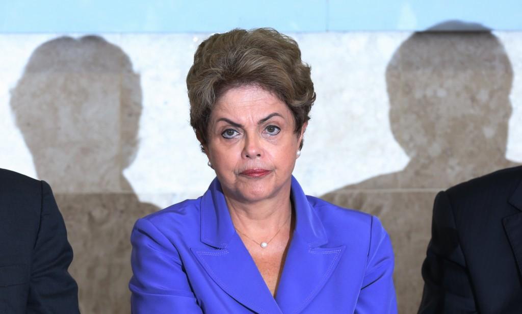 Dilma estuda tirar status de ministério da CGU