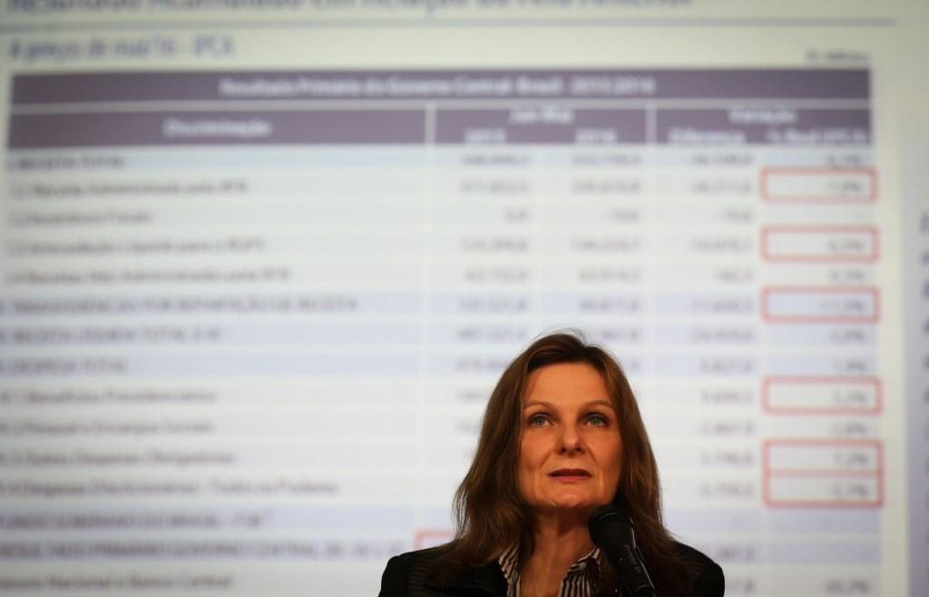 Brasília - A secretária do Tesouro Nacional, Ana Paula Vescovi, divulga o resultado primário do Governo Central (Tesouro Nacional, Previdência Social e Banco Central) de maio (Valter Campanato/Agência Brasil)