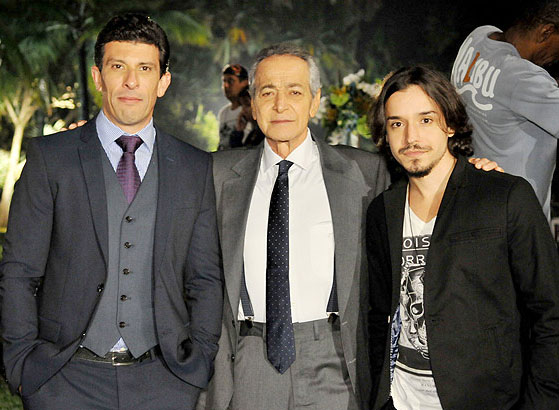 """Milhem Cortaz, Gracindo Jr. e Bernardo Falcone em """"Plano Alto"""" (Foto: Divulgação/TV Record)"""