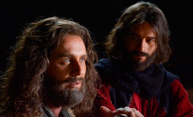Petrônio Gontijo e Guilherme Winter (Fotos: Divulgação/TV Record)