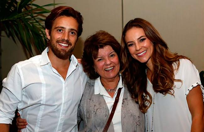 Rafael Cardoso e Paolla Oliveira com a autora Elizabeth Jhin (Foto: Ellen Soares/Gshow)