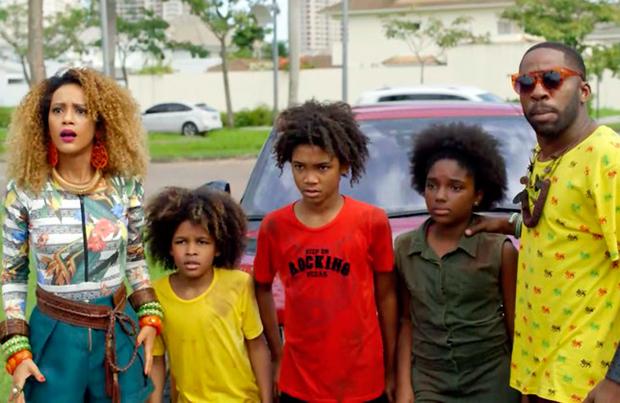 Os Braun adotam crianças (Foto: Divulgação/TV Globo)