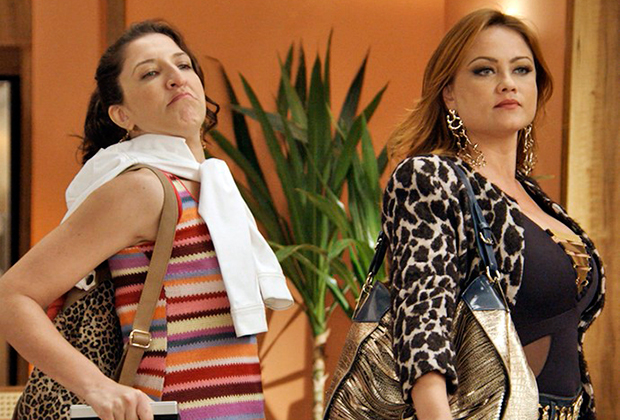 Renata Augusto e Ellen Roche (Foto: Divulgação/TV Globo)