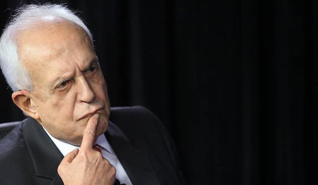 * Jarbas: 'Antes de Dilma, tem a saída do Cunha'
