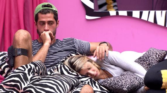 Melhores amigos, Marcelo e Tatiele vão se separar nesta terça (25), quando um dos dois será eliminado