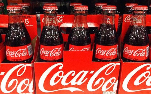 Poucas horas de sono e noites viradas: a realidade dos motoristas da Coca Cola (Foto: Mike Mozart / CC)