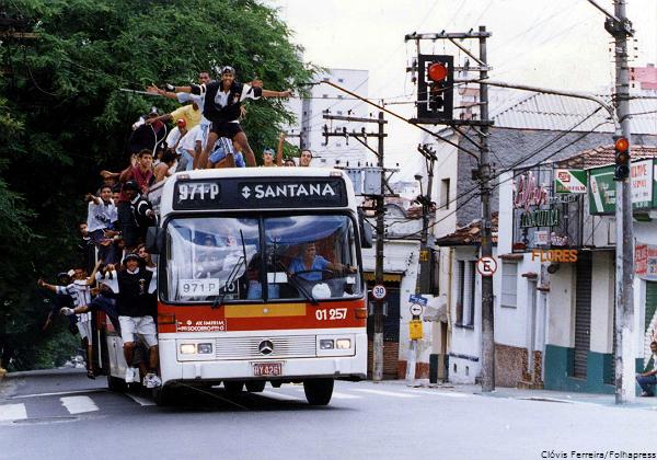 ONIBUS_1994_CLOVIS_FERREIRA_FOLHAPRESS