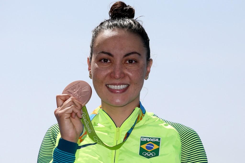 Poliana Okimoto é medalha de bronze - Foto: Satiro Sodré/SSPress
