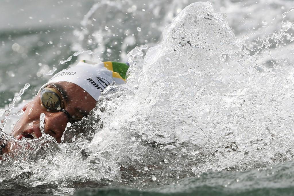 Allan do Carmo durante a maratona aquática - Foto: Satiro Sodré/SSPress