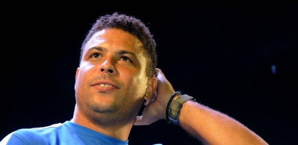Ronaldo falou sobre temas polêmicas como protestos, cargo no COL e Romário e Pelé