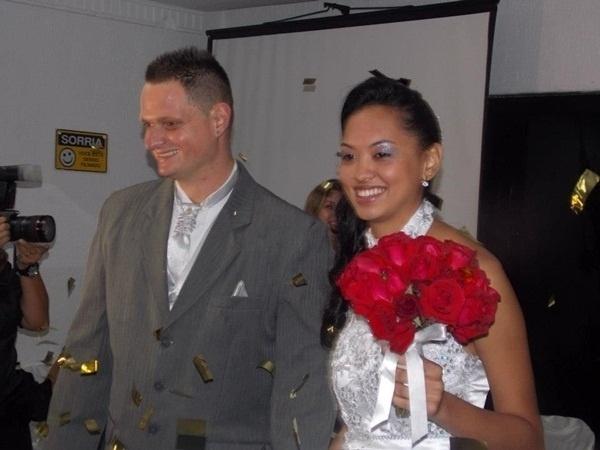 Jefferson Tessutti e Vanessa Tessutti casaram em São Paulo (SP) no dia 13 de abril de 2013.