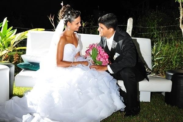 Rivan Alves Pacheco e Eliane Santos Cardos Pacheco casaram em Teófilo Otoni (MG) no dia 16 de fevereiro de 2013.