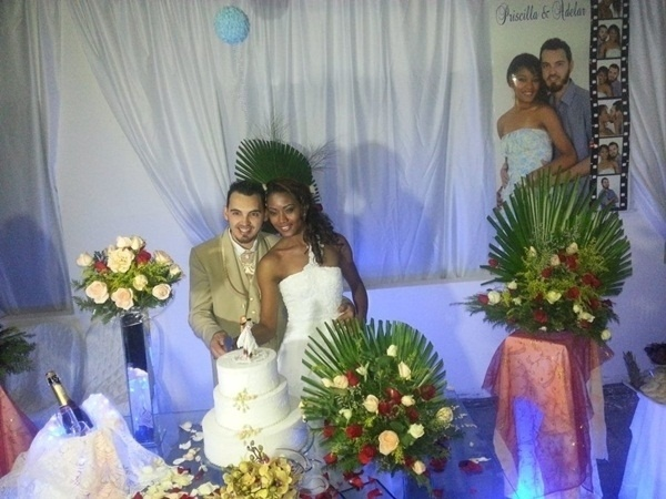 Adelar Paulo Cebulski e Priscilla Helena Souza Cebulski oficializaram a união em São Bernardo do Campo (SP) no dia 17 de novembro de 2012.