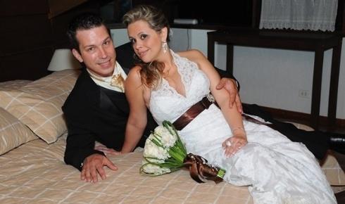 Claudio e Cassia Janaudis, de São Bernardo do Campo (SP), casaram-se em 08 de outubro de 2011.
