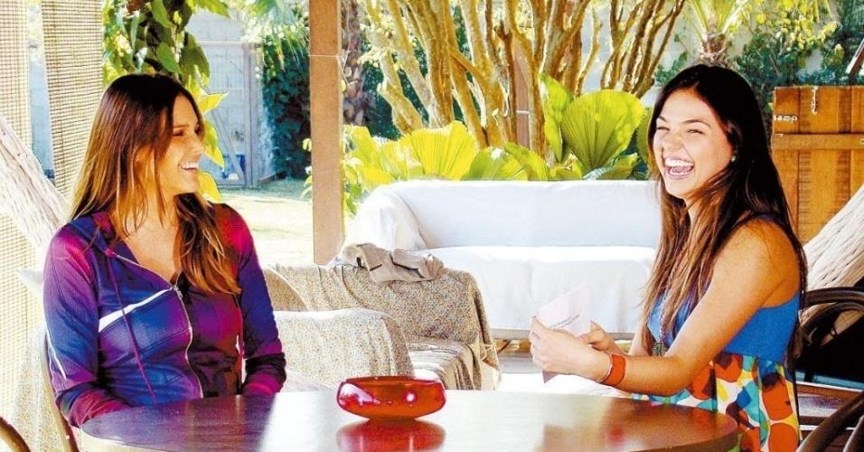 2008 - Fernanda Lima e Isis Valverde gravam cena da novela