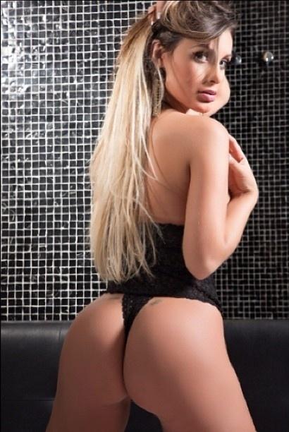10.jun.2013 - A modelo Andressa Urach divulgou no Instagram um novo ensaio sensual com o objetivo de promover a versão norte-americana do concurso Miss Bumbum. A premiação acontece em Miami, no dia 19 de julho. Podem se inscrever brasileiras residentes em qualquer estado dos EUA e sem próteses nos glúteos