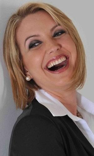 """Atualmente, Alessandra Scatena deu uma pausa na careira artística - seu último programa foi """"Alessandra Scatena"""", exibido pela emissora Rede Brasil - e se dedica a cuidar de seus dois filhos, Enrico e Estéfano"""