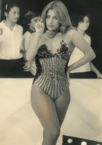 """Em 1970, as assistentes de palco do """"Cassino do Chacrinha"""" eram as mulheres mais desejadas do Brasil. Entre elas, estava a bela Rita Cadillac."""
