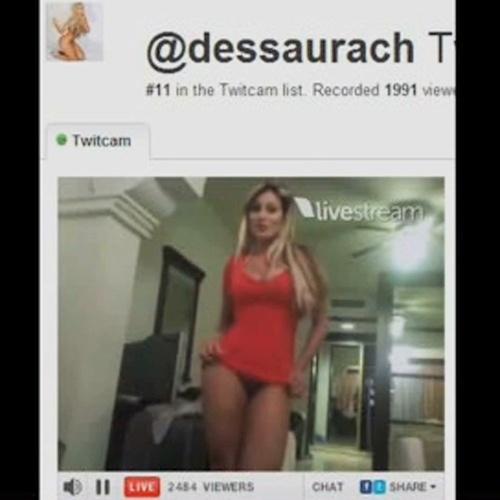 Em 2012, Andressa Urach participou no Miss Bumbum e conseguiu alcançar o 2º lugar no concurso conquistando voto dos fãs com fotos e vídeos na web. A gata até fez um
