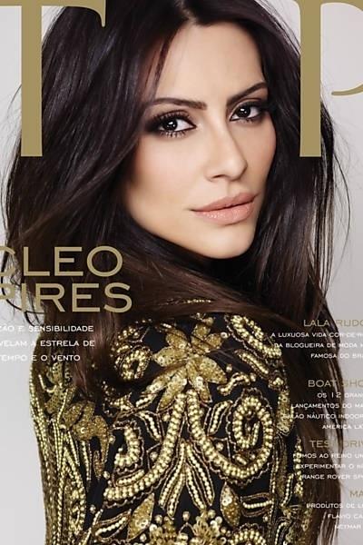 """24.set.2013 - A atriz Cleo Pires é a gata da capa e do editorial da edição de setembro da revista """"Top Magazine"""""""