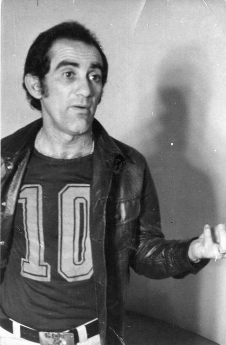 1975 - O humorista Renato Aragão no set de gravação