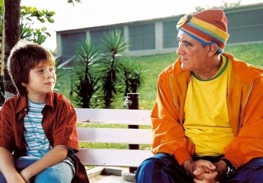 """2004 - Os atores Bruno Malta e Renato Aragão em cena do filme """"Didi Quer Ser Criança"""""""
