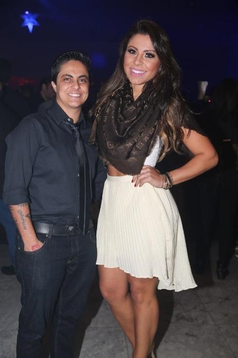 18.jul.2014 - Thammy Miranda levou sua namorada, Andressa Ferreira, ao aniversário do estilista Sergio K. em casa noturna na zona sul de São Paulo