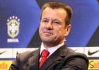 Dunga compara Neymar a Pelé na seleção e espera volta de Ganso